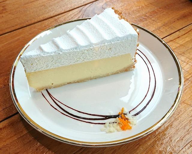 C27のトリプルバニラチーズケーキ